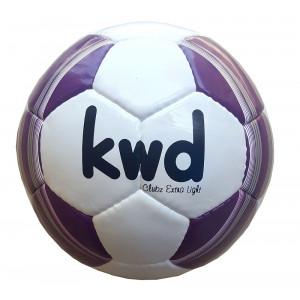 KWD Lichtgewicht voetbal Clubz 290 gr. maat 3